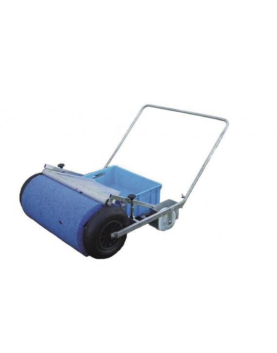 Urządzenie do zbierania wody z boiska